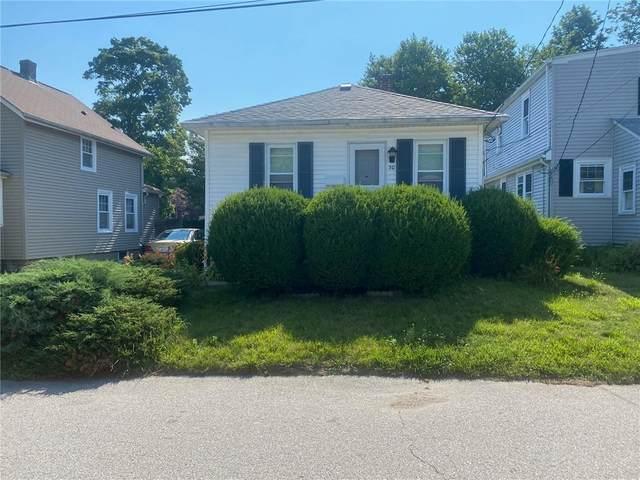 30 Tilden Avenue, Warwick, RI 02888 (MLS #1286908) :: Spectrum Real Estate Consultants