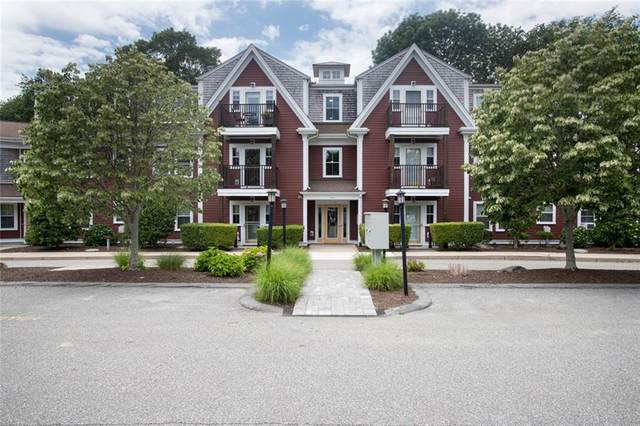 751 Metacom Avenue #15, Bristol, RI 02809 (MLS #1287314) :: Welchman Real Estate Group