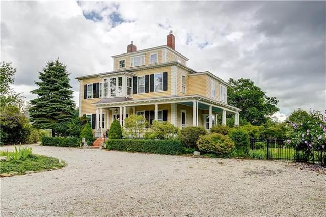 244 Metacom Avenue, Bristol, RI 02809 (MLS #1288535) :: Welchman Real Estate Group