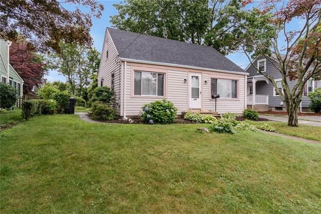 240 3rd Avenue, Warwick, RI 02888 (MLS #1288610) :: Spectrum Real Estate Consultants