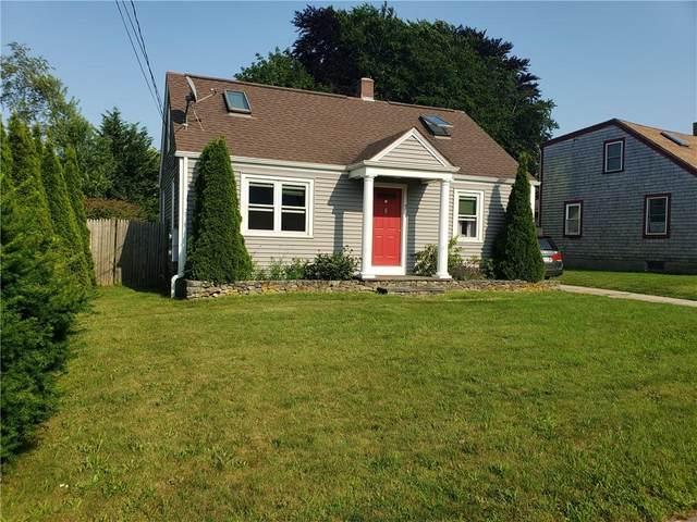 7 King Road, Middletown, RI 02842 (MLS #1288680) :: Welchman Real Estate Group