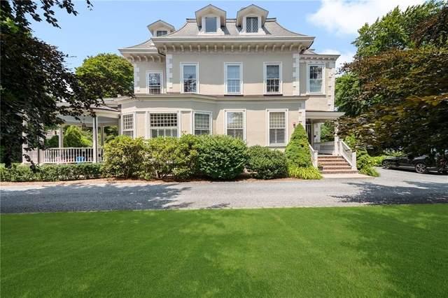 44 Catherine Street #5, Newport, RI 02840 (MLS #1288756) :: Welchman Real Estate Group