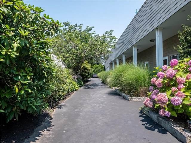 26 W Narragansett Avenue #14, Newport, RI 02840 (MLS #1289081) :: Welchman Real Estate Group