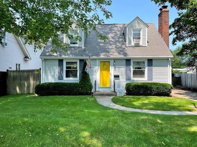 31 Crest Avenue, Lincoln, RI 02865 (MLS #1289105) :: Spectrum Real Estate Consultants
