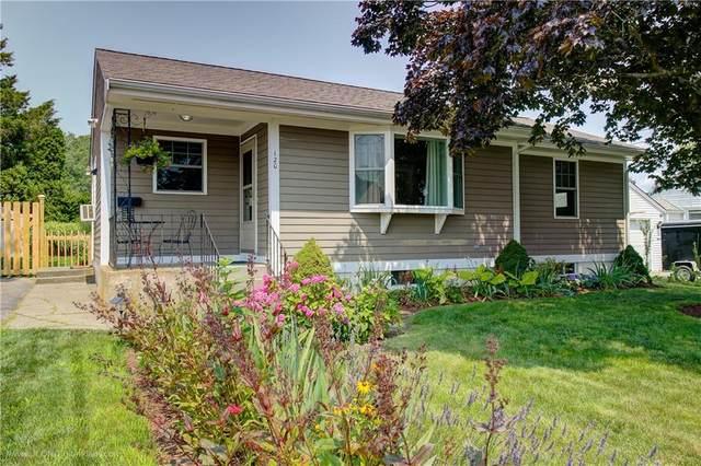 120 Cypress Avenue, Tiverton, RI 02878 (MLS #1289206) :: Welchman Real Estate Group