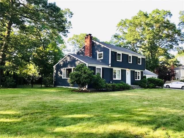 10 Chantilly Drive, Barrington, RI 02806 (MLS #1289576) :: Welchman Real Estate Group