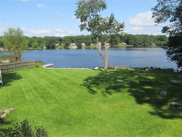 370 Lake Washington Drive, Glocester, RI 02814 (MLS #1289879) :: The Martone Group