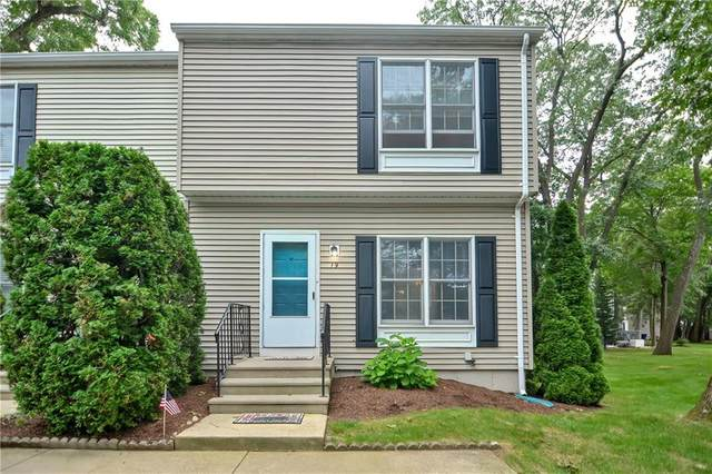 19 Wood Hollow Lane, East Providence, RI 02916 (MLS #1289982) :: Century21 Platinum