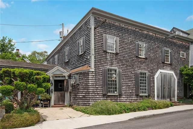 32 Green Street, Newport, RI 02840 (MLS #1290036) :: The Martone Group