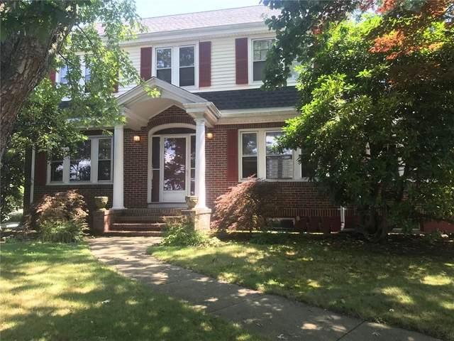 239 W Main Road, Middletown, RI 02842 (MLS #1290516) :: Westcott Properties