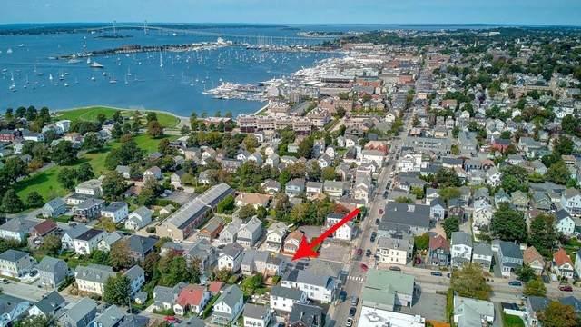9 West Narragansett Avenue, Newport, RI 02840 (MLS #1293680) :: Welchman Real Estate Group