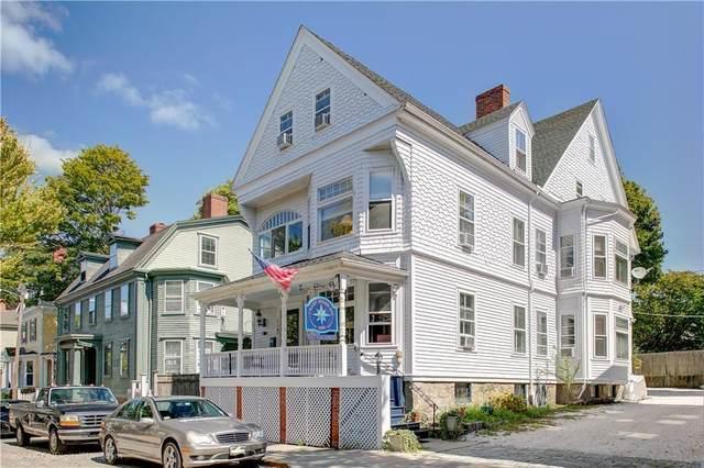 16 Clarke Street, Newport, RI 02840 (MLS #1293686) :: Welchman Real Estate Group