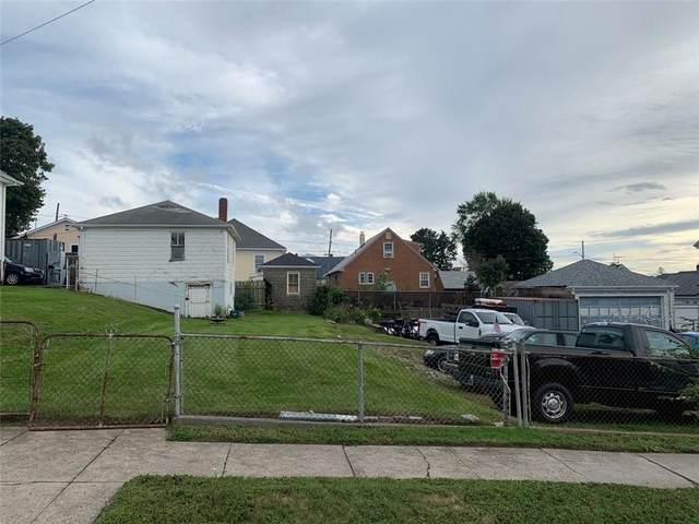 235 Farmington Avenue, Cranston, RI 02920 (MLS #1294602) :: Alex Parmenidez Group