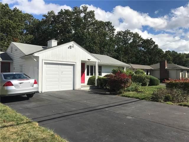 41 Sweetbriar Drive Drive, Cranston, RI 02920 (MLS #1294697) :: Spectrum Real Estate Consultants