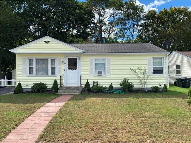 26 Helen Avenue, Coventry, RI 02816 (MLS #1294977) :: Dave T Team @ RE/MAX Central