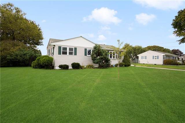 62 Stage Coach Road, Portsmouth, RI 02871 (MLS #1295171) :: Dave T Team @ RE/MAX Central