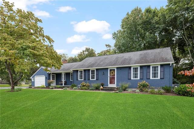 20 Pond Hollow Road, North Kingstown, RI 02882 (MLS #1296029) :: The Martone Group