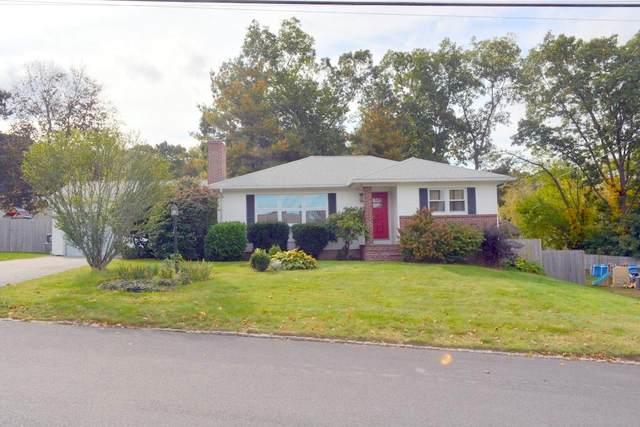 130 Garden Hills Drive, Cranston, RI 02920 (MLS #1296566) :: The Martone Group