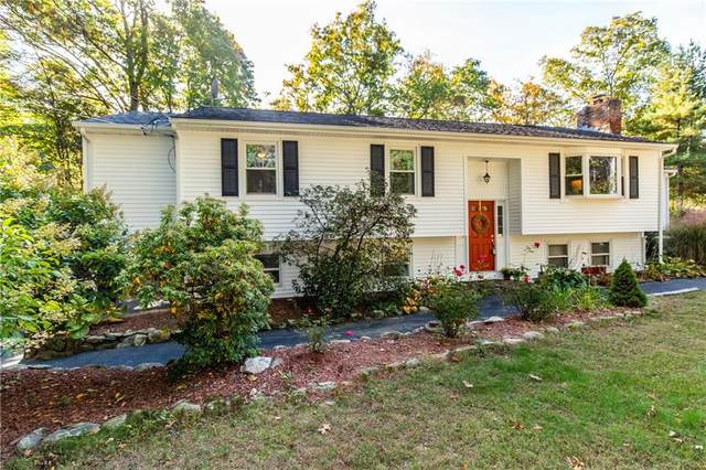 74 Blueberry Lane, Scituate, RI 02857 (MLS #1296824) :: Barrows Team Realty
