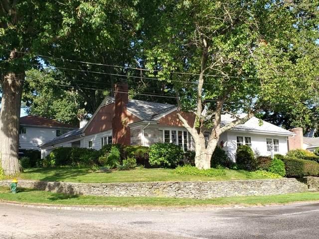 4 Carver Road, Cranston, RI 02920 (MLS #1297002) :: Nicholas Taylor Real Estate Group