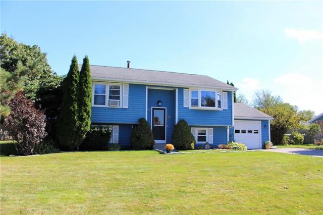 91 Oak Forest Dr, Middletown, RI 02842 (MLS #1175658) :: Welchman Real Estate Group | Keller Williams Luxury International Division