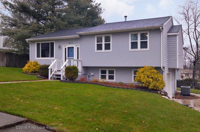 201 Shenandoah Rd, Warwick, RI 02886 (MLS #1188212) :: Westcott Properties