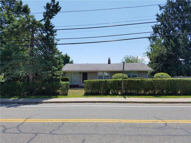 170 East St, Cranston, RI 02920 (MLS #1197778) :: The Martone Group
