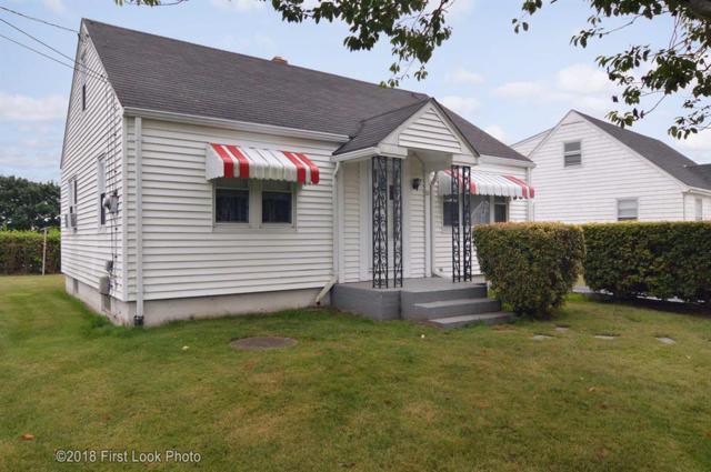 65 Berkeley Ct, Middletown, RI 02842 (MLS #1199180) :: Westcott Properties