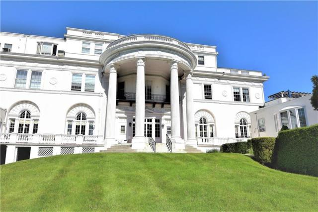 553 Bellevue Av, Unit#1 #1, Newport, RI 02840 (MLS #1214307) :: The Martone Group