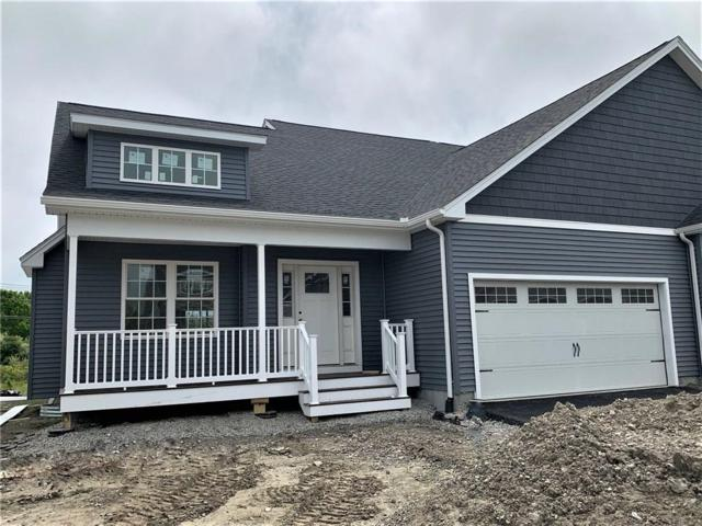 14 Bailey Brook Ct, Unit#30 #30, Middletown, RI 02842 (MLS #1225151) :: The Seyboth Team