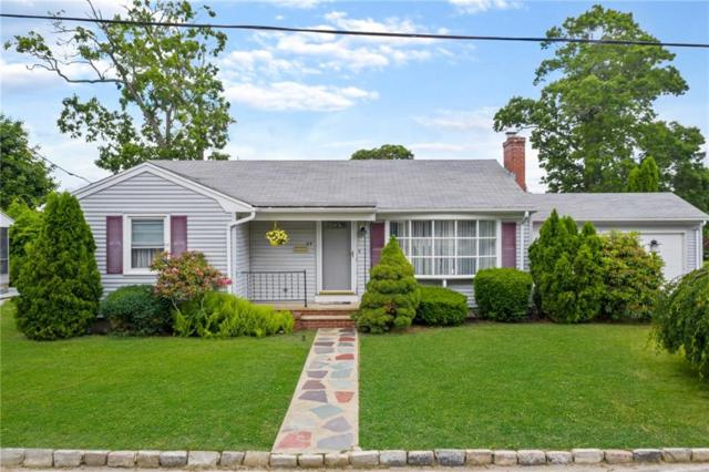 85 Brookfield Dr, Cranston, RI 02920 (MLS #1226550) :: RE/MAX Town & Country