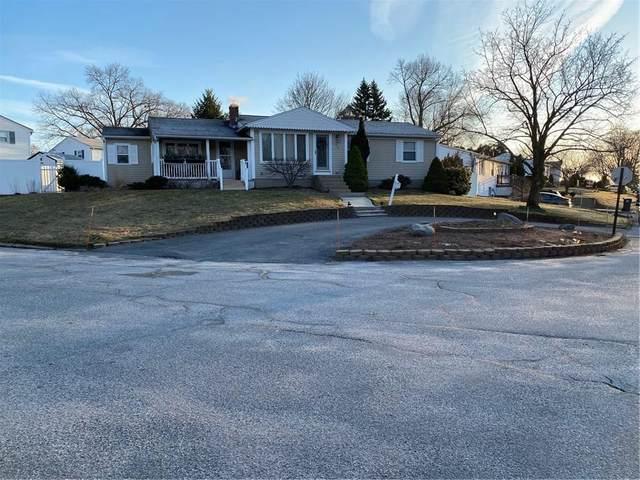 75 Hollow Tree Drive, Cranston, RI 02920 (MLS #1249220) :: The Martone Group