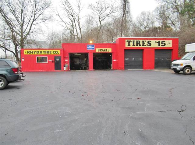 199 Providence Street, West Warwick, RI 02893 (MLS #1250204) :: Spectrum Real Estate Consultants
