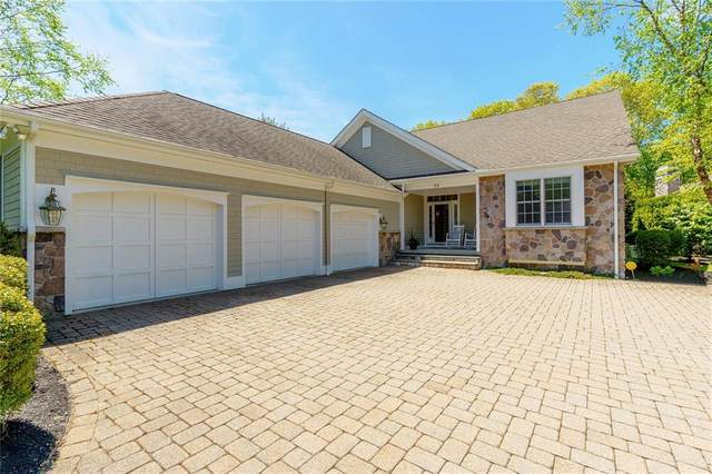 32 Newbury Drive, Westerly, RI 02891 (MLS #1255082) :: The Seyboth Team