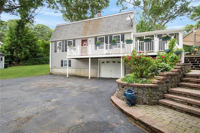 240 Narragansett Avenue E, South Kingstown, RI 02879 (MLS #1257386) :: The Martone Group