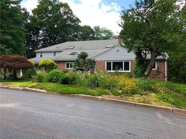 14 Cliffside Drive, Lincoln, RI 02865 (MLS #1257766) :: Onshore Realtors