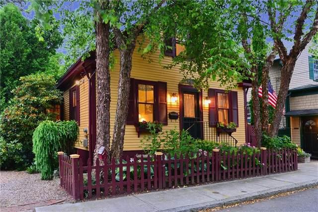 10 Sunshine Court, Newport, RI 02840 (MLS #1258090) :: HomeSmart Professionals