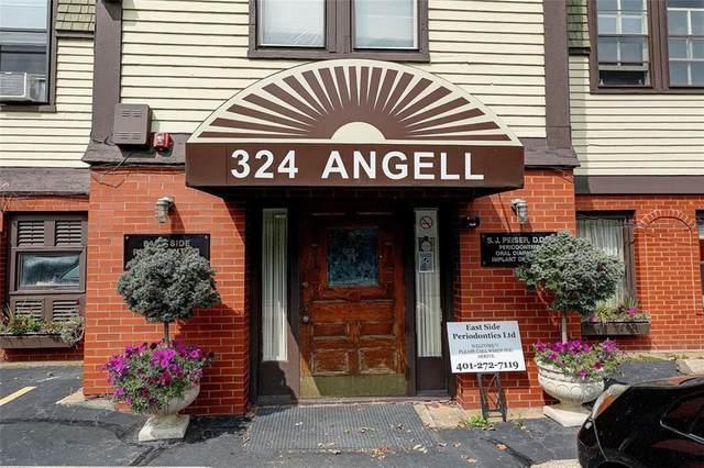 320 Angell Street, Providence, RI 02906 (MLS #1264185) :: The Martone Group
