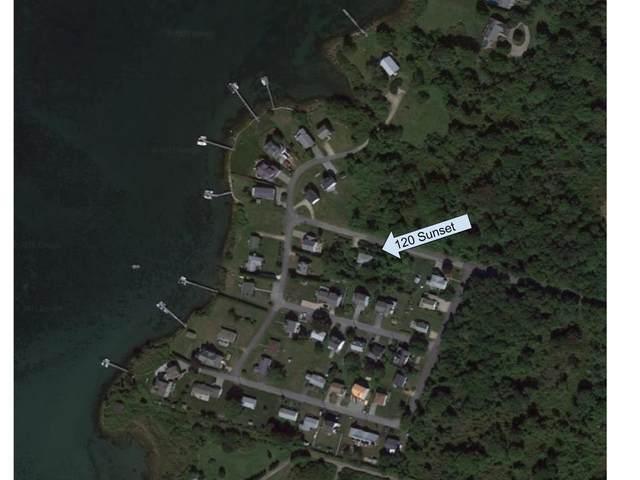 120 Sunset Boulevard, Narragansett, RI 02882 (MLS #1266478) :: Spectrum Real Estate Consultants