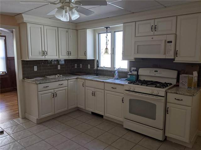 37 Crest Avenue, Warwick, RI 02886 (MLS #1280456) :: Chart House Realtors