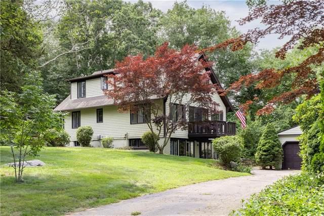 11 Robin Hollow Lane, Westerly, RI 02891 (MLS #1281255) :: Welchman Real Estate Group