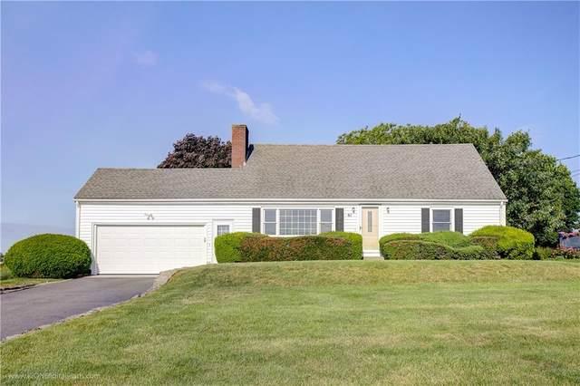 61 Berkeley Avenue, Middletown, RI 02842 (MLS #1285079) :: Welchman Real Estate Group