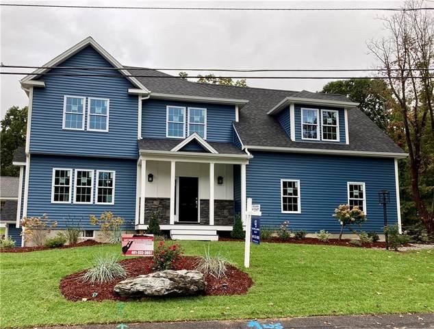 4 Doire Street, Cumberland, RI 02864 (MLS #1286393) :: Alex Parmenidez Group