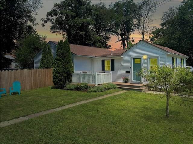 19 Lyndale Avenue, Warwick, RI 02889 (MLS #1289034) :: The Martone Group