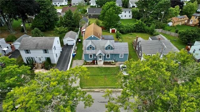 8 Yarnell Avenue, Middletown, RI 02842 (MLS #1289617) :: Welchman Real Estate Group