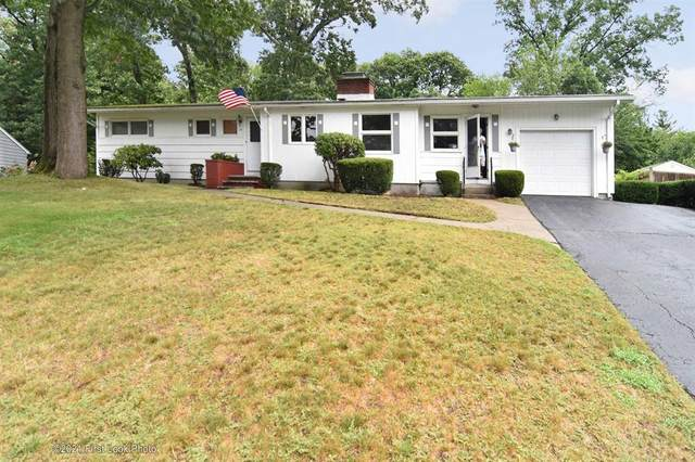 37 Cushing Road, Warwick, RI 02888 (MLS #1289733) :: Welchman Real Estate Group