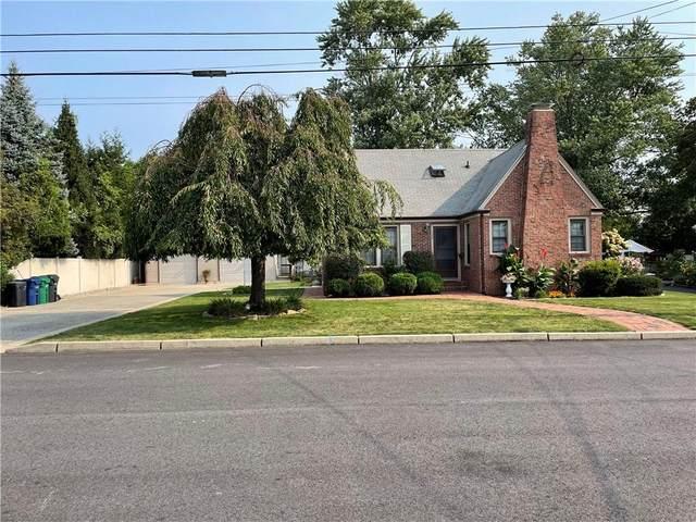 129 Chapmans Avenue, Warwick, RI 02886 (MLS #1293055) :: Nicholas Taylor Real Estate Group