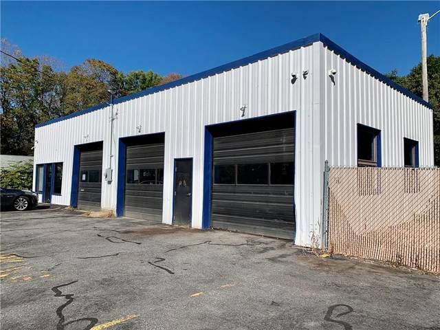 35 Farnum Pike, Smithfield, RI 02917 (MLS #1296513) :: The Martone Group