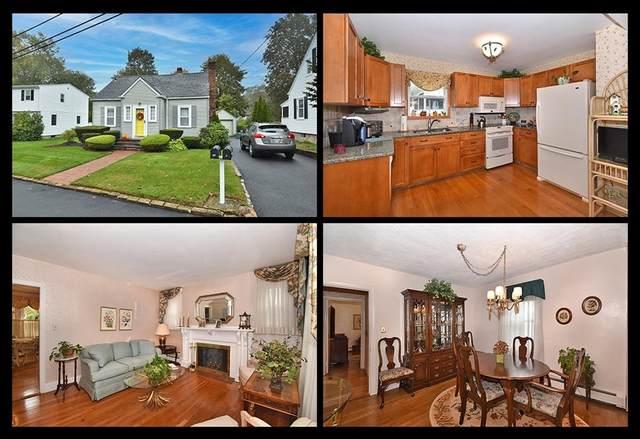 15 Warren Avenue, Cumberland, RI 02864 (MLS #1297074) :: Alex Parmenidez Group
