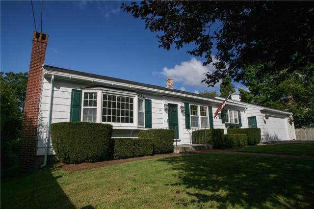 241 Wolcott Avenue, Middletown, RI 02842 (MLS #1235126) :: Spectrum Real Estate Consultants